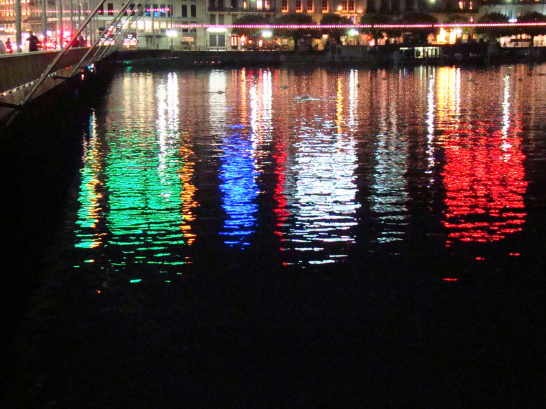 2008 10-Geneva Switzerland Lights.jpg