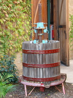 2009 10-Lodi Grape Press