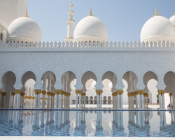 2012 10-Abu Dhabi Sheikh Zayed Grand Mosque